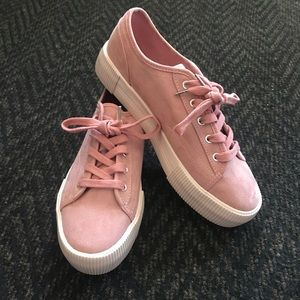 H&M Divided Pink Platform Sneakers 🎀